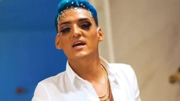 cantante gay muerto