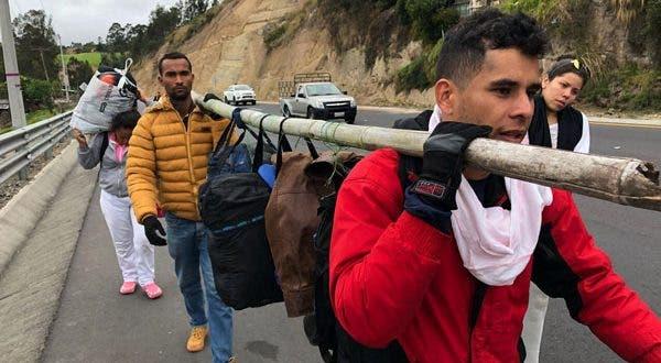 Más de 5 mil venezolanos corren a países vecinos cada día
