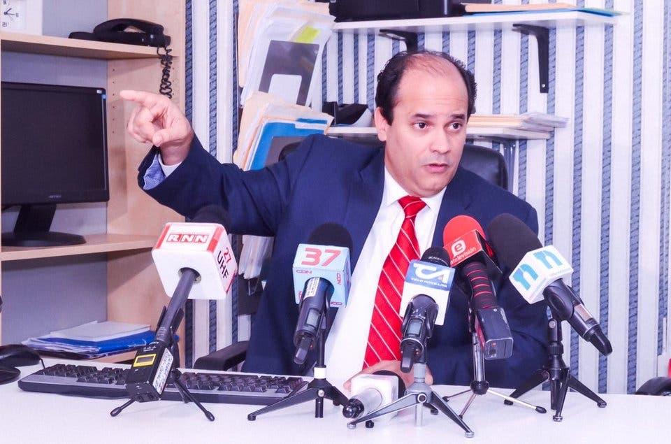 Ricardo Espaillat afirma falta de carácter del gobierno del  PLD lastima la Nación