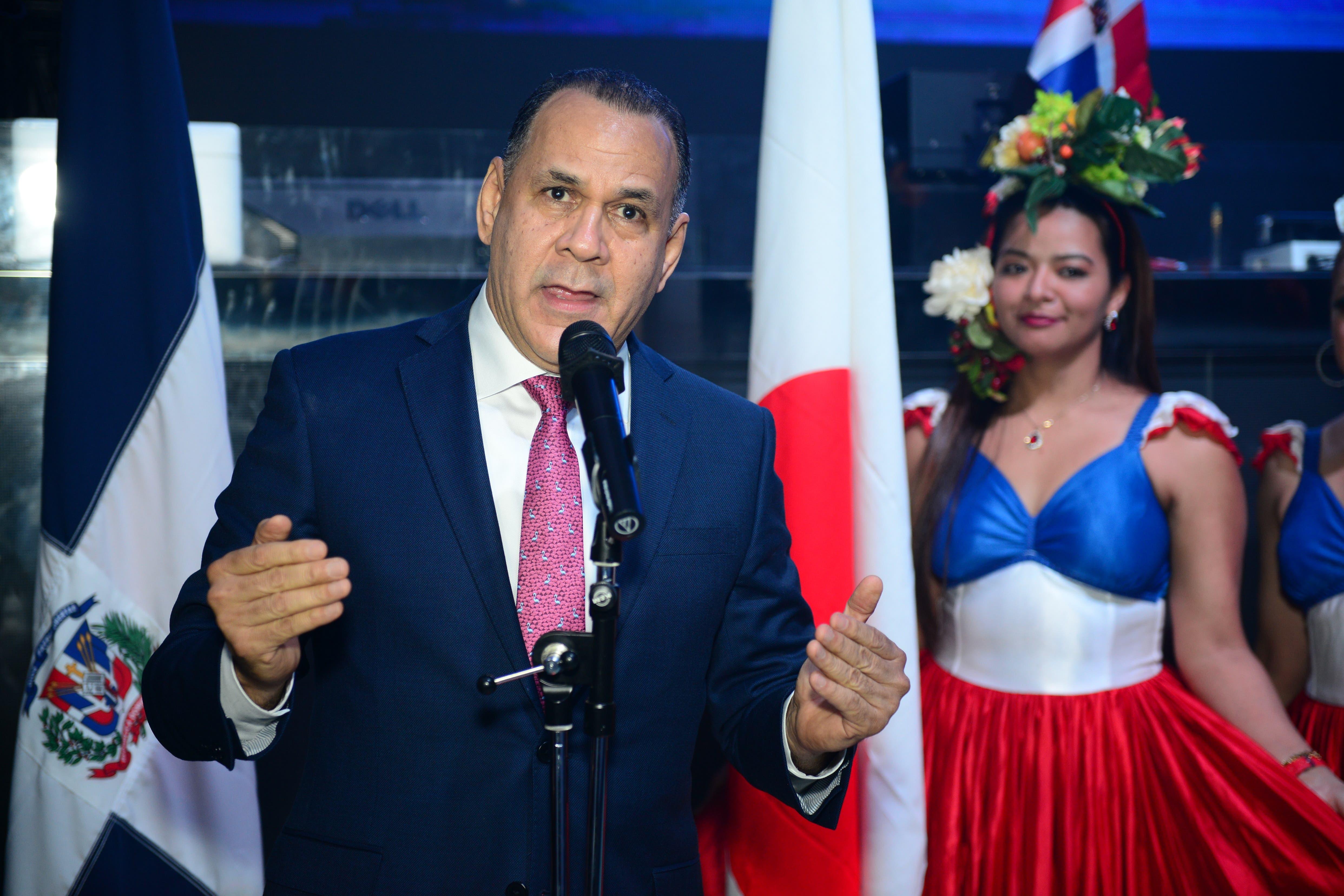 Emoción, bailes y colores de la patria en celebración del 175 aniversario de la Independencia Nacional dominicana en Japón
