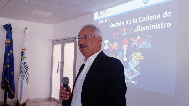 Enrique Ogando, director de Fomento Industrial del Ministerio de Industria, Comercio y Mipymes.