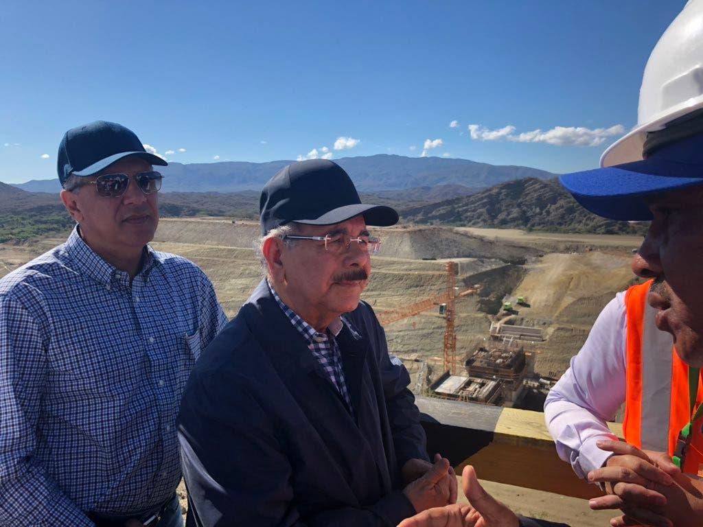 Videos: Danilo se «riega» al enterarse que querían cambiar fecha de entrega de la presa Monte Grande