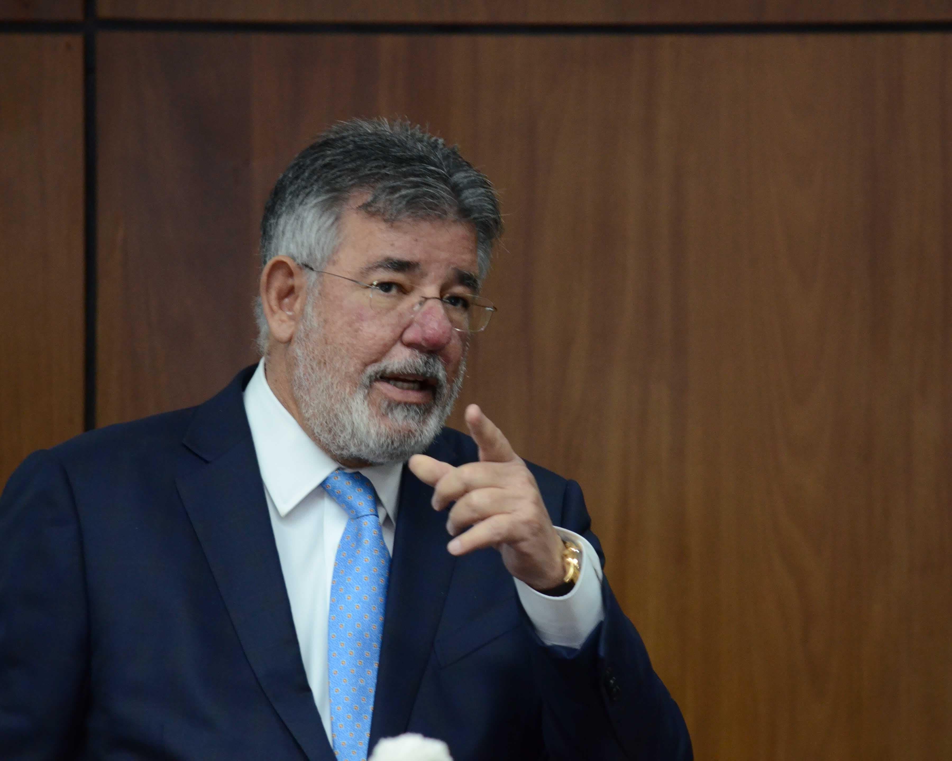 «Sin duda justicia no hay», dice Víctor Díaz Rúa tras ser enviado a juicio de fondo en caso Odebrecht