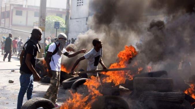 Unos 78 prisioneros escapan de cárcel de Haití aprovechando violentas protestas
