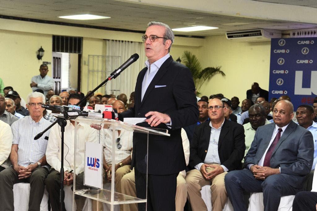 Luis Abinader demanda rigurosa auditoría a cédulas  y pasaportes