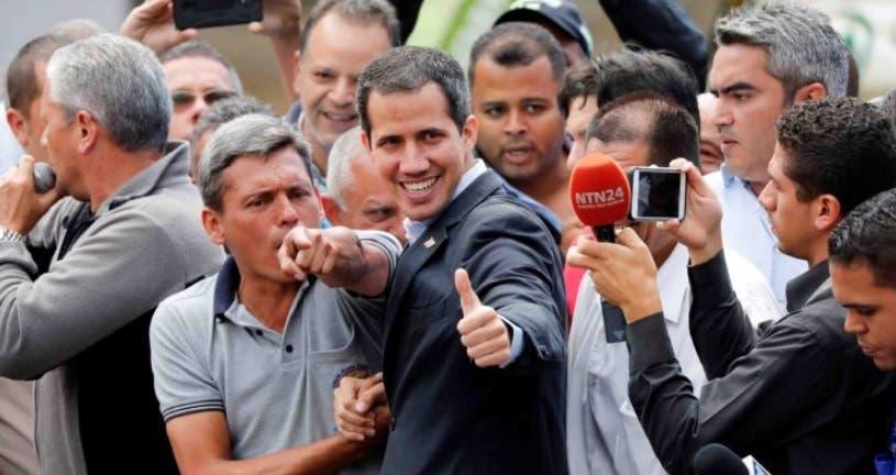 Video: Guaidó llega a frontera de Venezuela con Colombia; esto fue lo que dijo