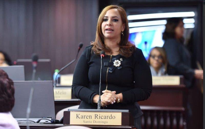 La diputada Karen Ricardo se encuentra en recuperación tras cirugía por accidente de tránsito