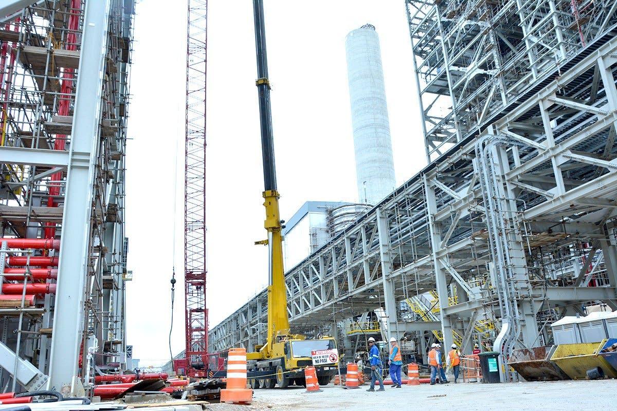 Reporte independiente informa que planta de Punta Catalina no generó hoy electricidad como el Gobierno había prometido