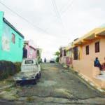 """Calle """"Carlos Teo Cruz"""", en Gualey. Hay otra en Los frailes, que no está señalizada.. Hoy/ Napoleón Marte"""