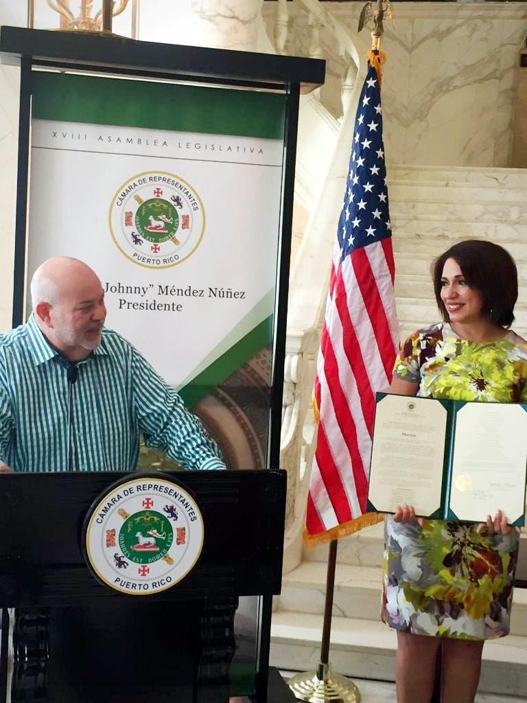 Cámara de Representantes de Puerto Rico reconoce a la periodista dominicana Tania Polanco
