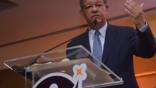 "Afirma que ""sector PLD"" quiere se produzca caos ante avance del expresidente Leonel Fernández"