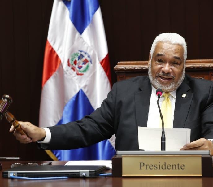 Videos: funcionarios responden a Roberto Rosario tras declaraciones de que este es un gobierno autoritario