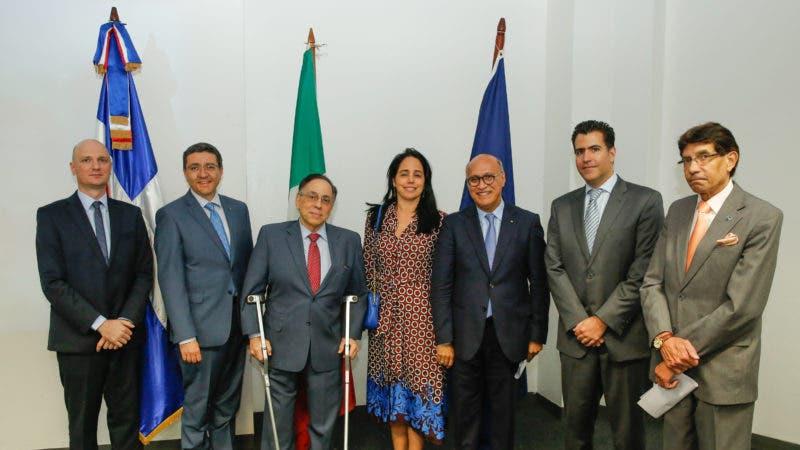 Elia Odoguardi, Andrea Canepani, Celso Marranzini, Jeanne  Marion, Angelo Viro, Manuel Pellerano Y Salvador Figueroa.