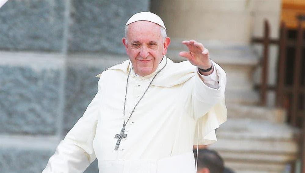 """El papa lamenta cuando el dopaje y la corrupción """"contaminan"""" el deporte"""