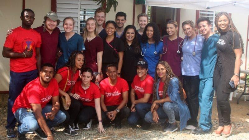 Operativo medico encabezado por el ministerio Juventud con una Misión ( JUCUM ) el operativo asido realizado en Juan Da Dios En sector de Mano Guayabo en foto Médicos Voluntarios HOY Duany Nuñez 18-3-2019
