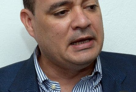 País / Entrevista a Miguel Surun Hernández, Presidente del Colegio Dominicano de Abogados. 03-01-16. Fotos: Adolfo Woodley Valdez.
