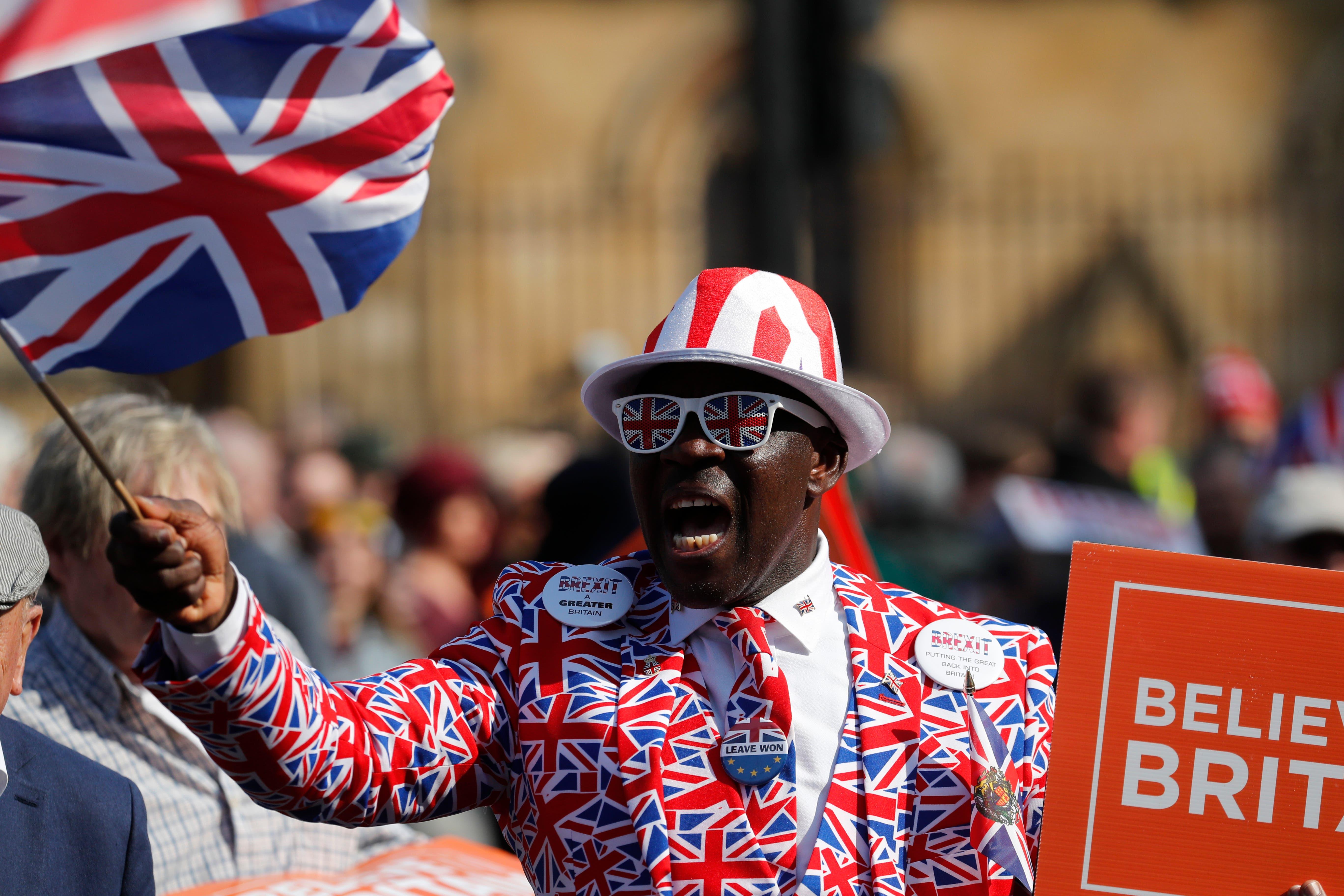 """El Parlamento británico rechaza el tratado de salida del """"brexit»"""