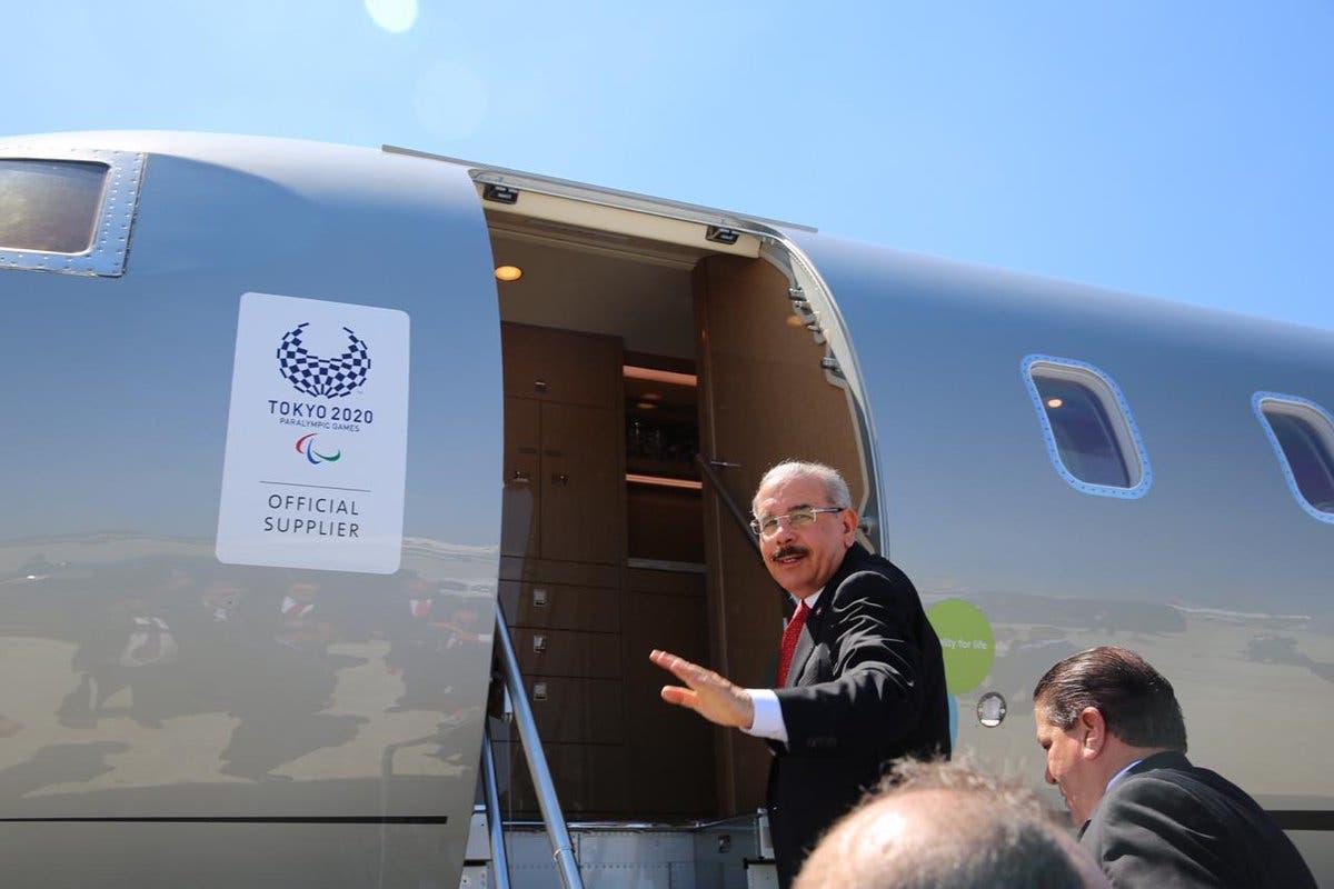 El presidente Medina regresa al país tras encuentro con Trump