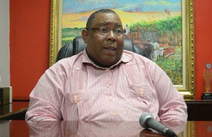 Foto 1-Ricardo Rosario, expresidente de la FENACERD