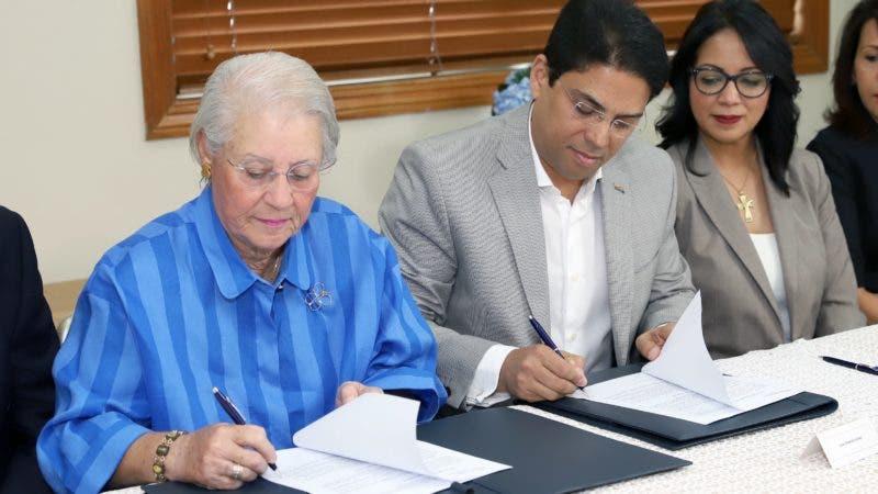 Rosa Margarita Bonetti, Juan Amell y Josefina Navarro