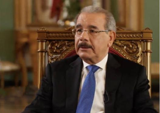 Danilo Medina llama a cuidar los bosques en el Día Mundial Forestal