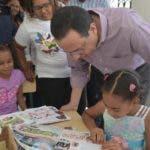 Ministro de Educación, Antonio Peña Mirabal, lleva soluciones puntuales a centros educativos de la provincia Hermanas Mirabal. Fuente externa 14/04/2019
