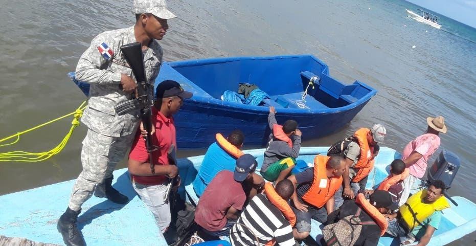 Detienen 10 de Haití y 2 de RD en viaje PR
