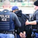 Agentes de control migratorio