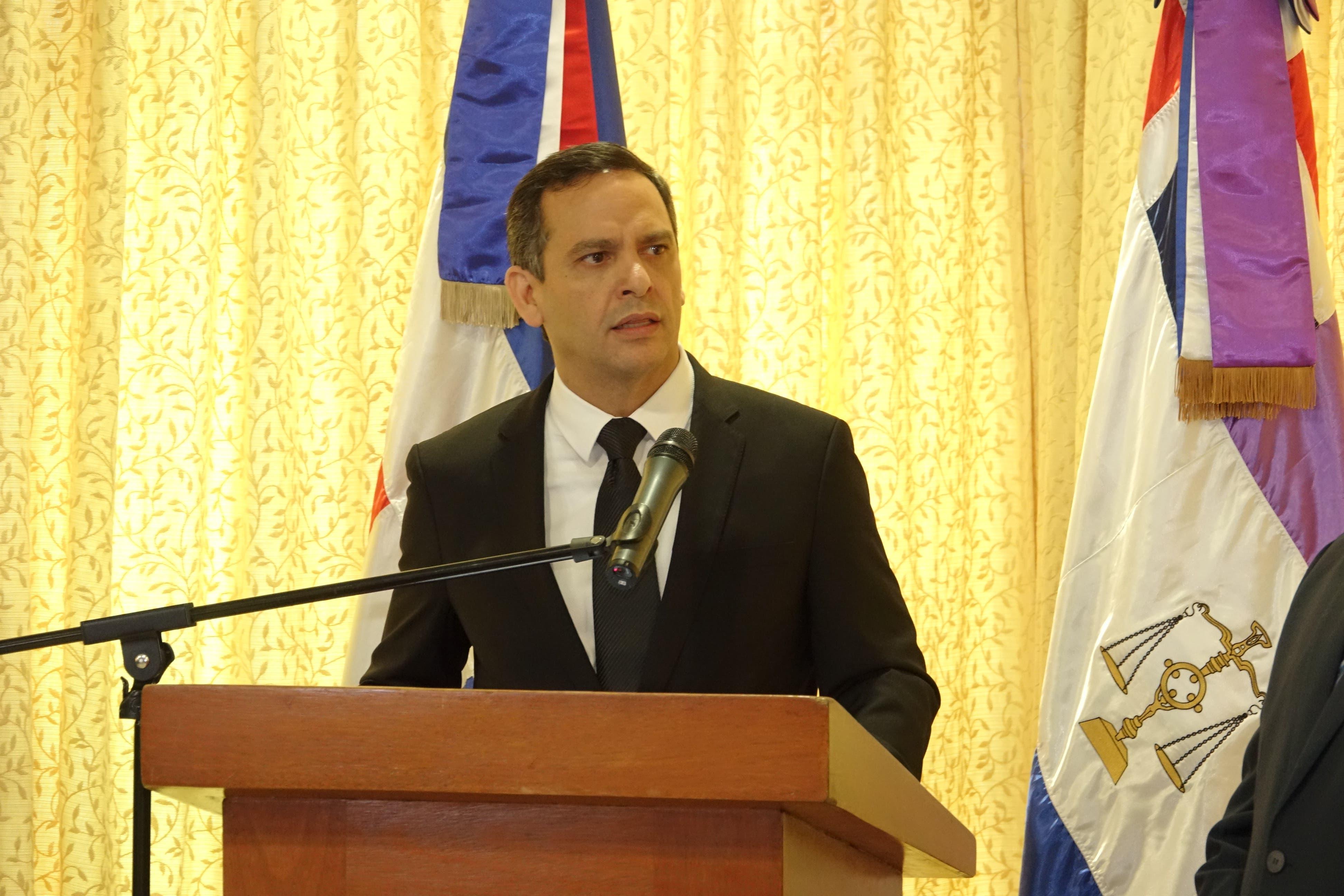 Henry Molina asegura que la justicia necesita del gobierno, parlamento y  la academia