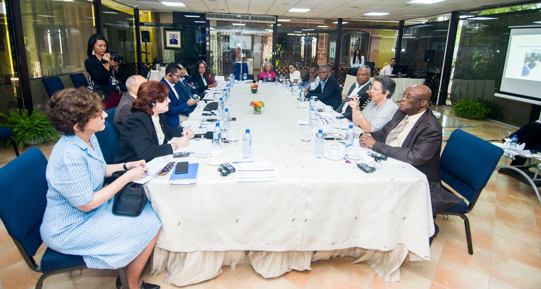 JCE recibe funcionarios del Consejo Electoral de Haití