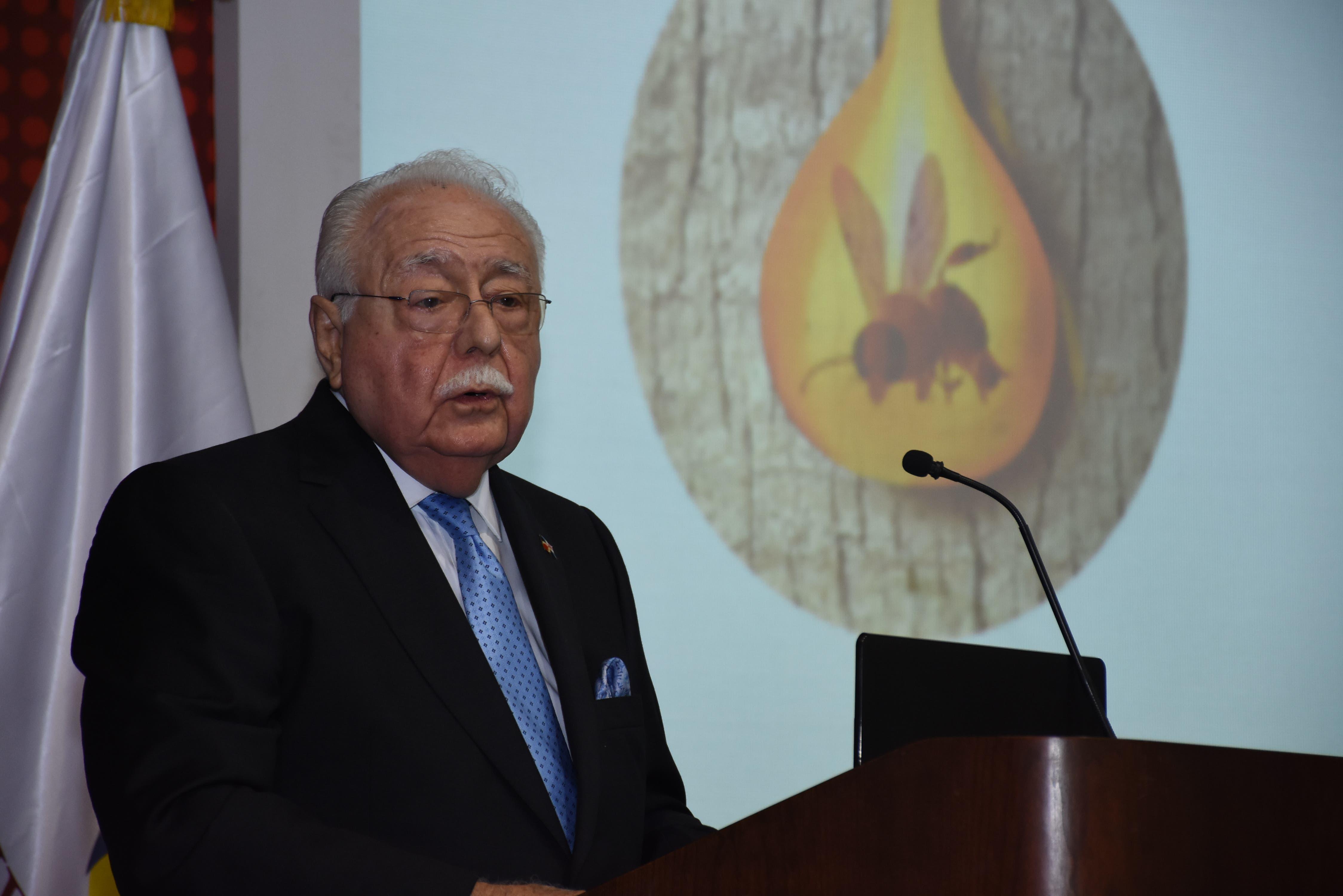 Ministro de Energía y Minas resalta ante comunidad científica esfuerzos del gobierno para promover el ámbar