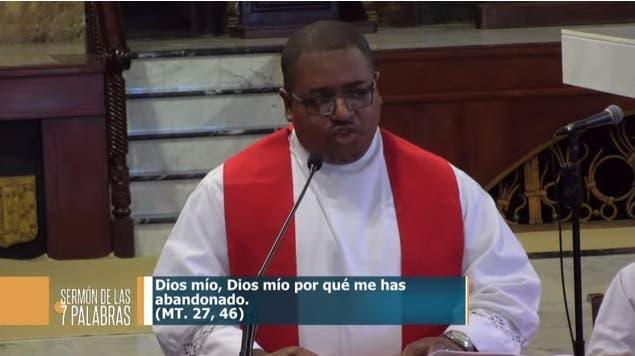 VIDEO: Iglesia Católica: Nuestra Constitución ha pasado a ser un simple papel objeto de complacencia
