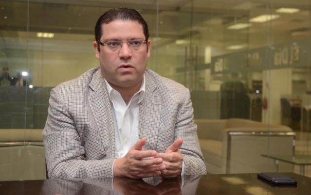Sanz Lovatón tras intervención de teléfono por Procuraduría: Estoy sorprendido, hay que darme explicación