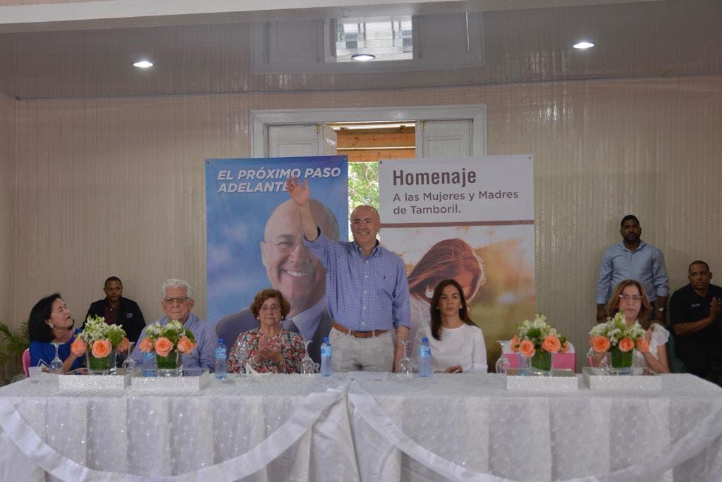 Francisco Domínguez Brito  dice construirá avenida de seis carriles en Santiago-Tamboril
