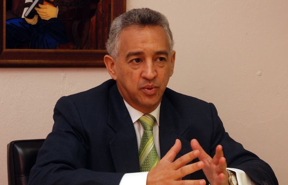 José Manuel Hernández Peguero renuncia del PLD