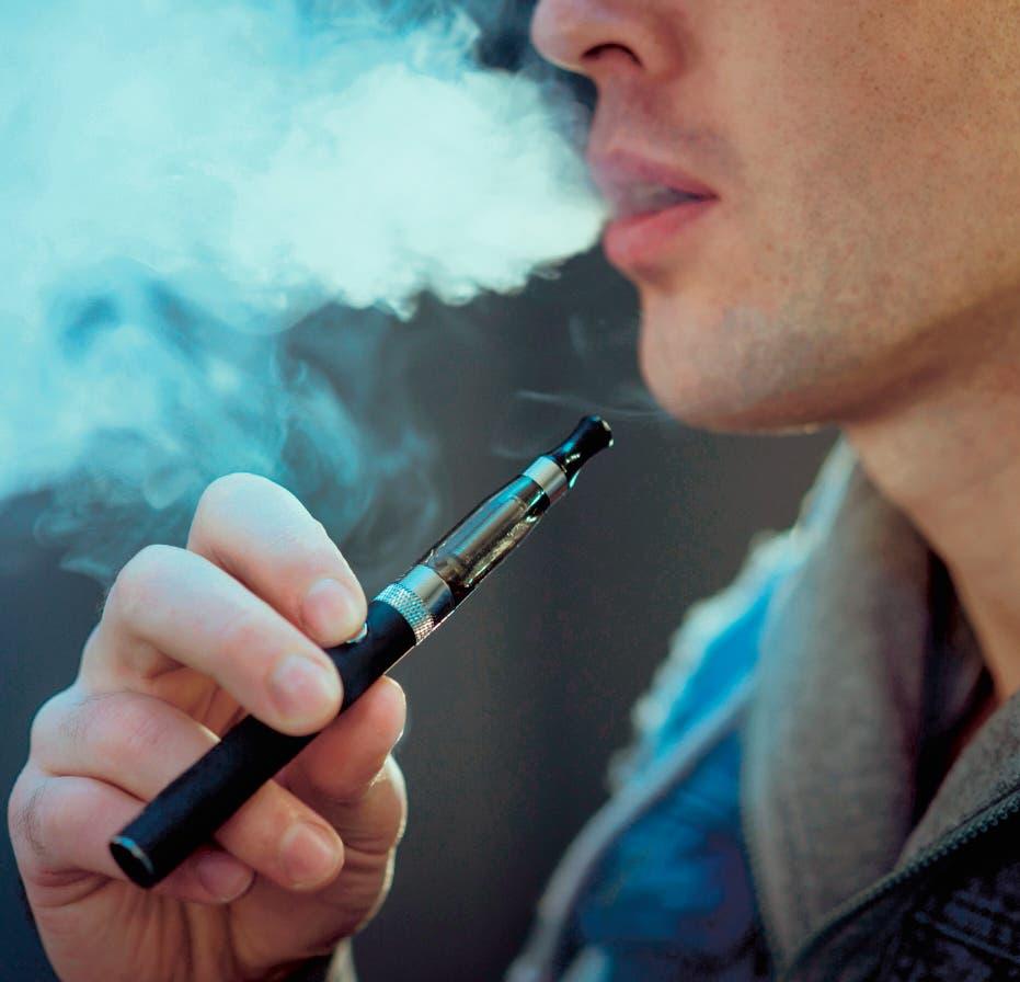 El cigarrillo electrónico triplica el riesgo de fumar en niños y jóvenes