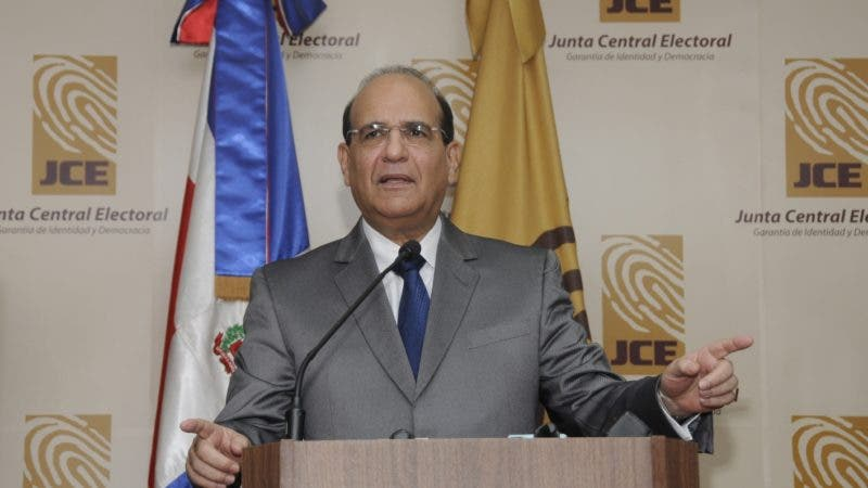 Julio César Castaños Guzmán,