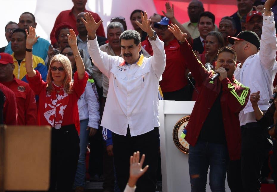 Gobierno de Maduro llama a manifestación callejera contra bloqueo de EEUU