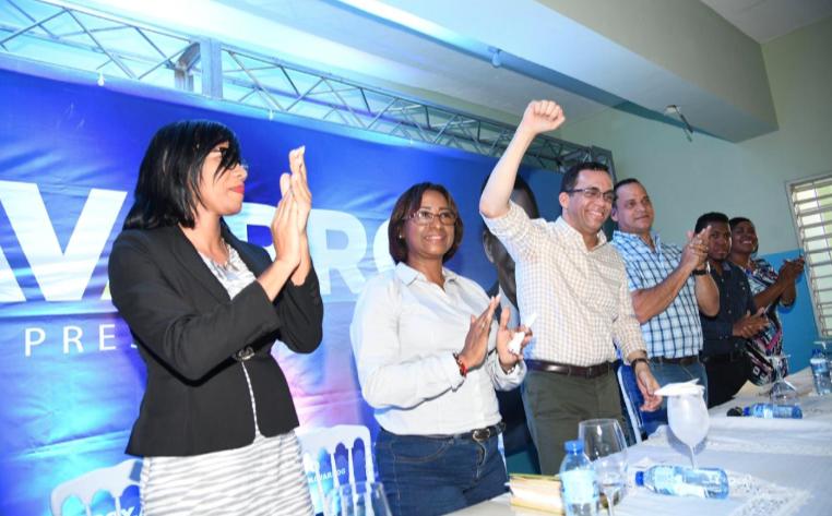 Navarro llama al PLD a tomar la bandera de la unidad y los intereses del publo