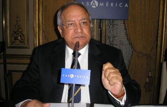 Embajador Alejandro González Pons, en casa de Las Américas, Madrid.