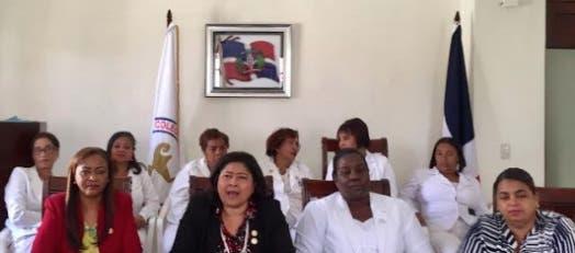 Enfermeras convocan a un paro nacional este martes; exigen se cumplan acuerdos