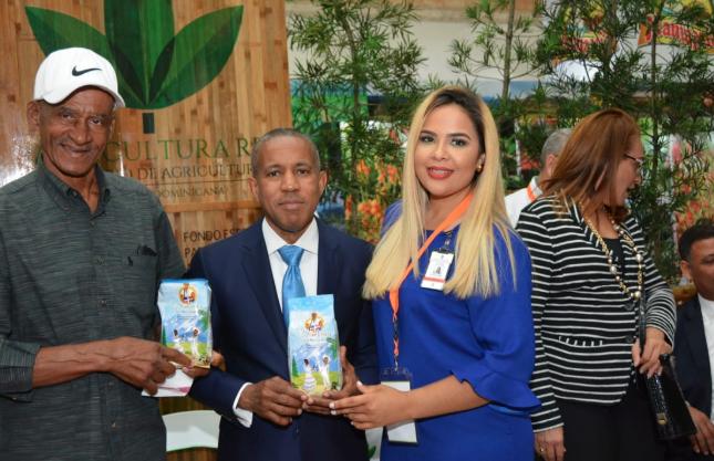 "Director del FEDA dice Feria ""Agroalimentaria 2019"" supera expectativas de negocios"