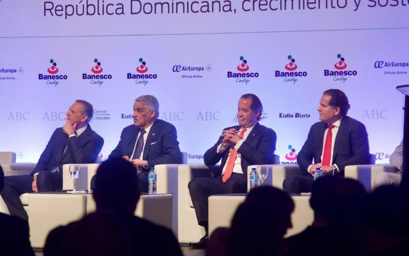 Destacan potencial económico y turístico de República Dominicana