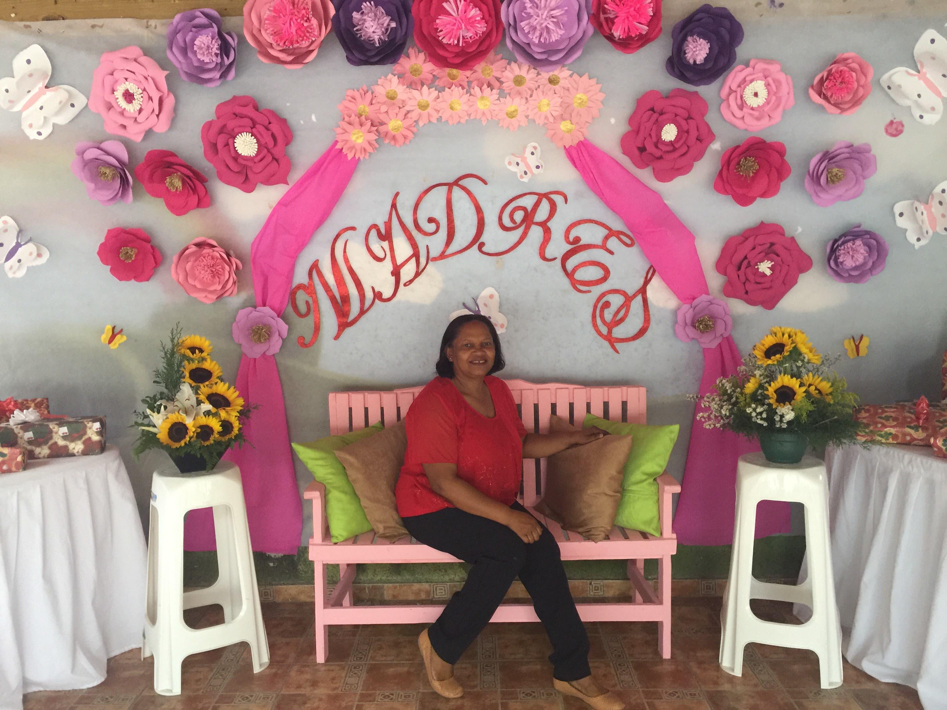 Colegio realiza actividad por Día de las Madres