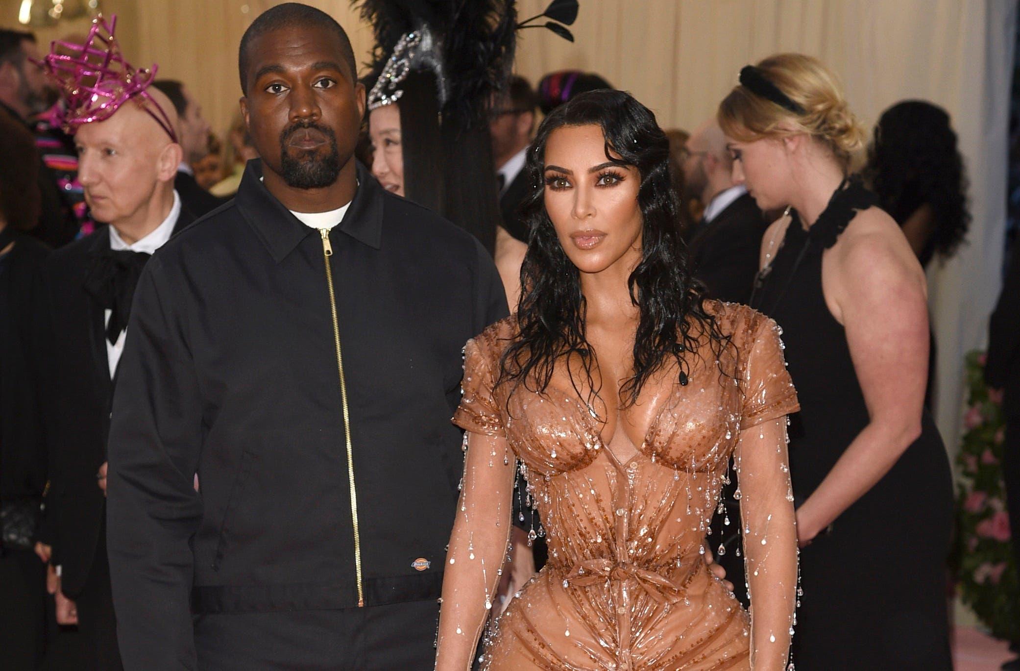 Kim Kardashian y Kanye West reciben a su cuarto hijo, un varón nacido de una gestante sustituta