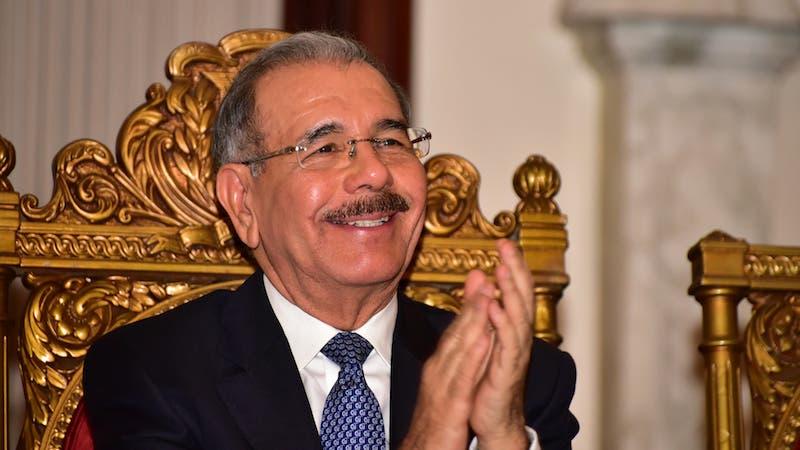 Danilo Medina envía mensaje de felicitación por el Día de las Madres