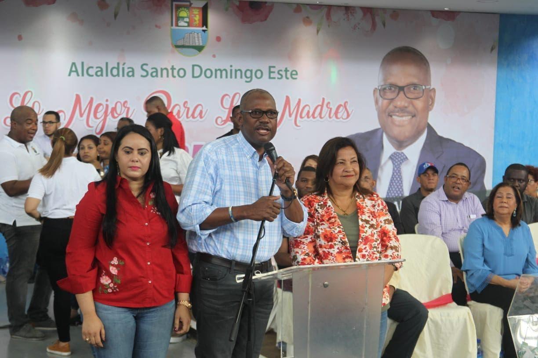 Alcaldía de Santo Domingo Este celebra el Día de las Madres