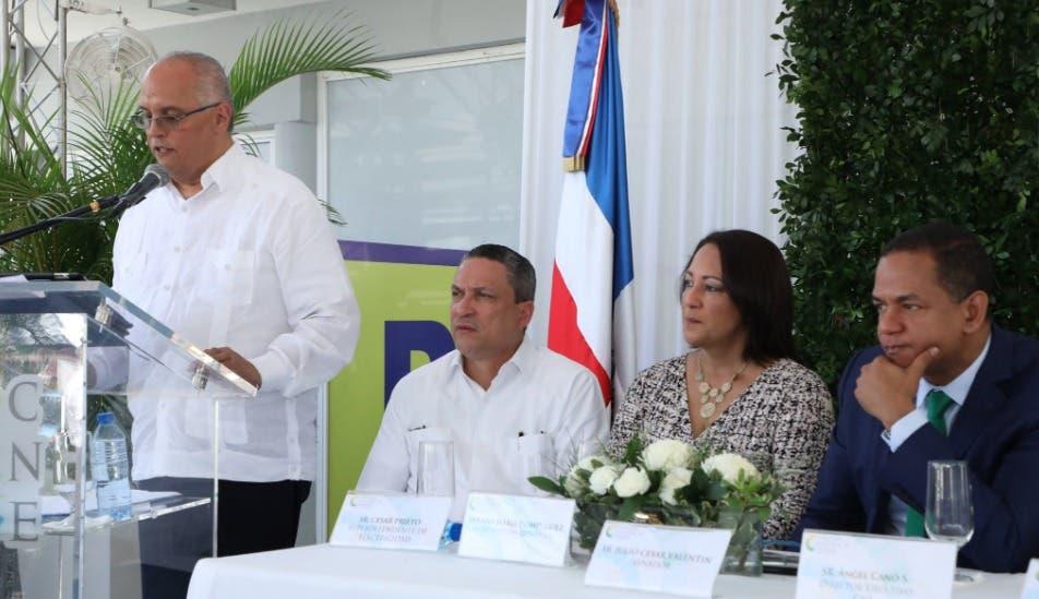Auge en inversión energía renovable motiva ampliación de servicios en oficina CNE de Santiago