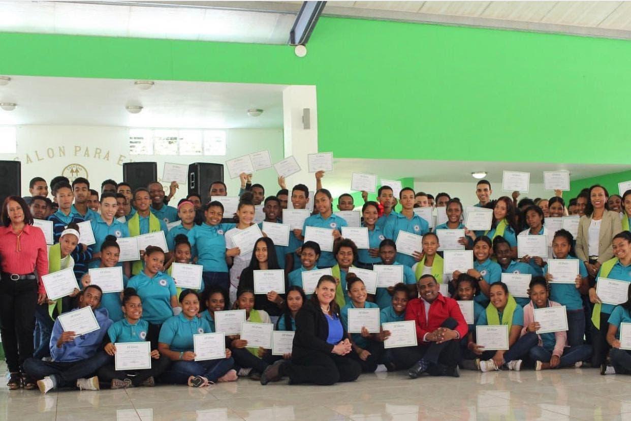 COOPMAIMÓN celebra graduación de jornada de capacitación de cooperativismo escolar juvenil