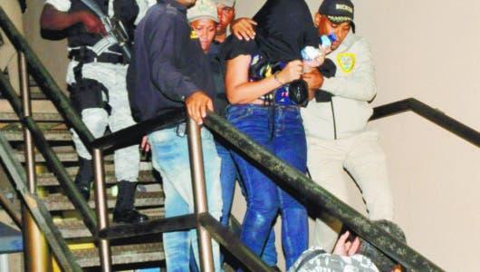 """Familiares de """"La Venezolana"""", imputada en caso David Ortiz denuncian irregularidades en el proceso"""